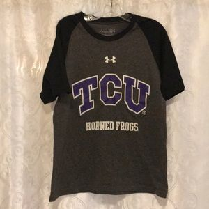Under Armour TCU Horned Frogs T-Shirt Size YSM!